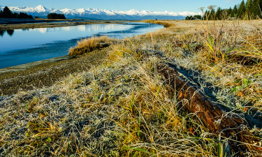 Eagle River Shoreline © Richard Hebhardt